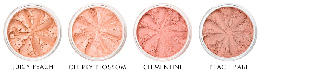 Peachy tones of mineral blush Lily Lolo - Ayanature